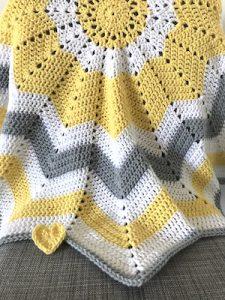 Crochet-Translator-12-point-star-blanket-2